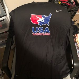 NWOT Nike Men's USA wrestling black T-Shirt